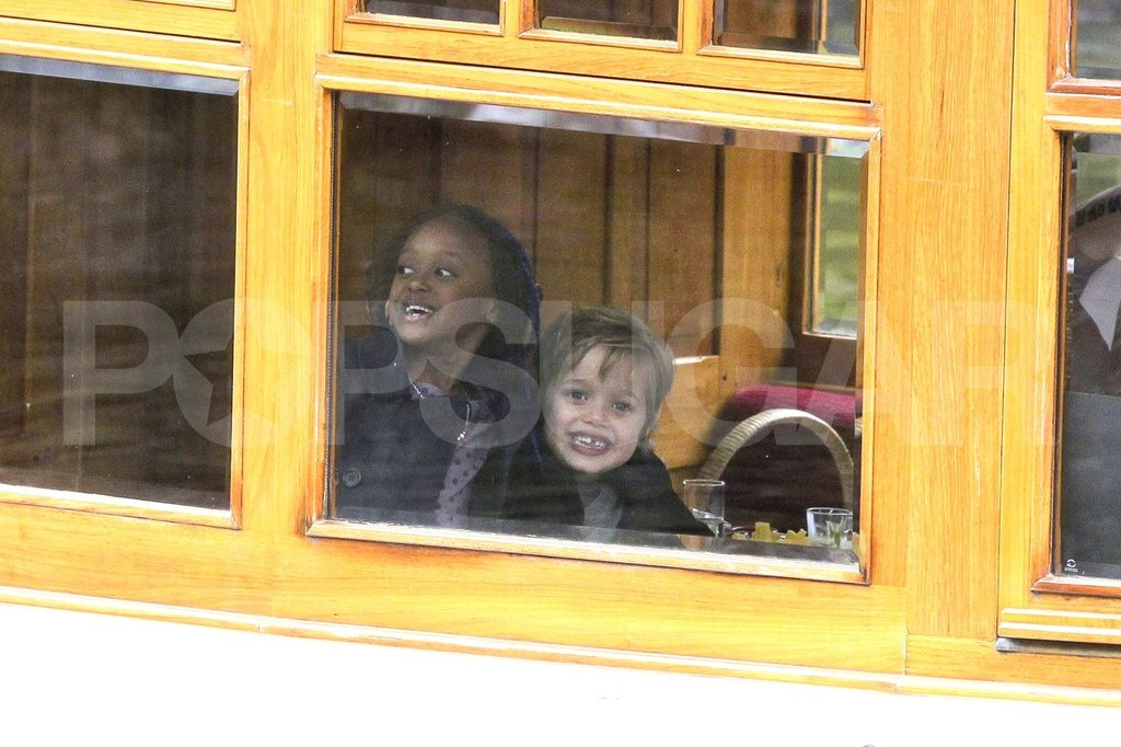 Shiloh Jolie-Pitt and Zahara Jolie-Pitt had fun on a boat.