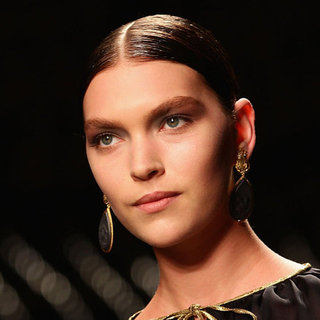 Estée Lauder Signs Arizona Muse