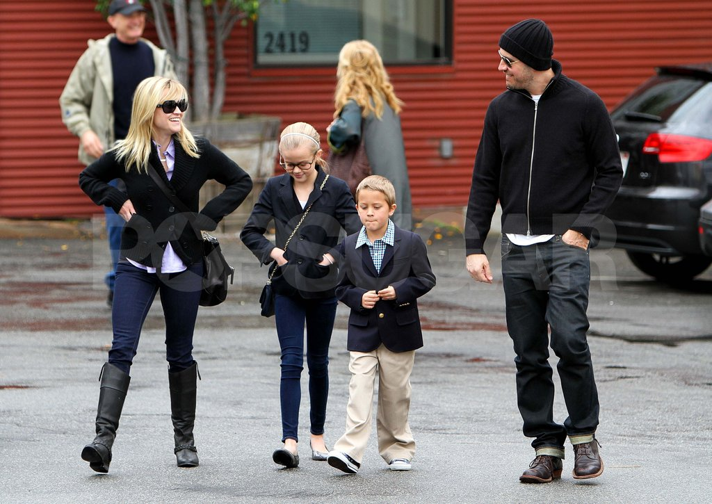 Reese Witherspoon and Jim Toth were out in LA with Ava and Deacon in Jan. 2011.