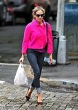 Yet another hot-pink statement from SJP! We love how she melded pink with purple and traded her signature wrap sunglasses for a quirky round pair.                     Skinny Denim by ExpressPlatforms by Michael Antonio