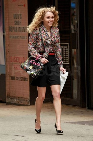 AnnaSophia Robb was in NYC filming The Carrie Diaries.