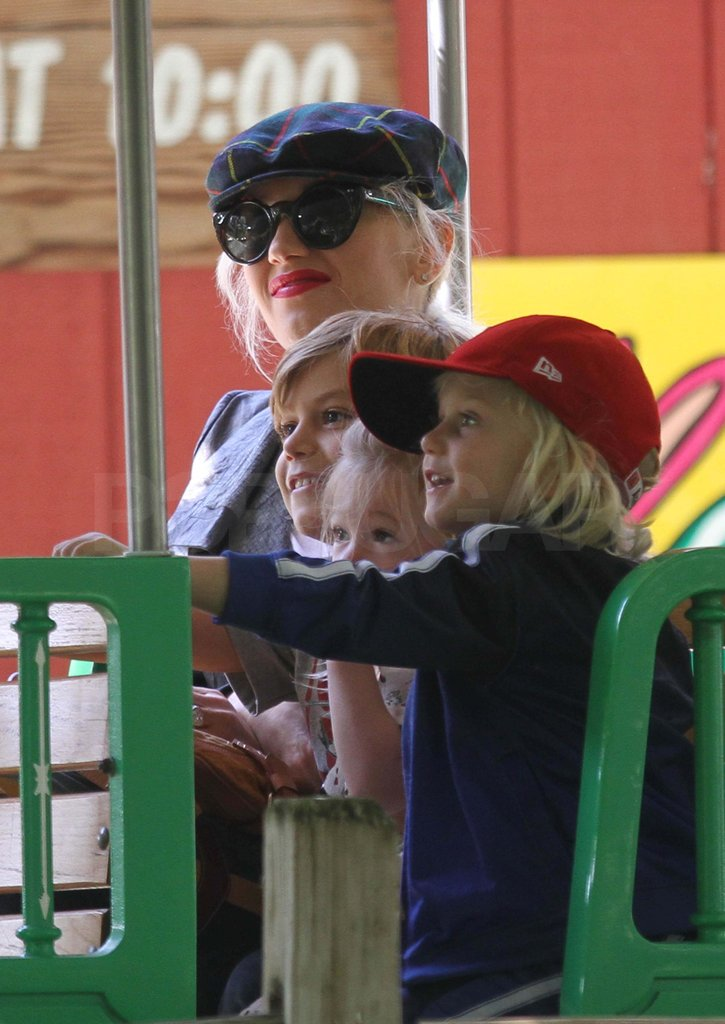 Gwen Stefani rode a train with Kingston and Zuma.