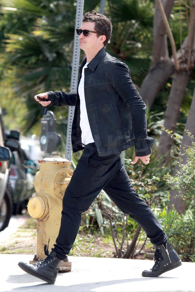 Orlando Bloom ran errands around LA.