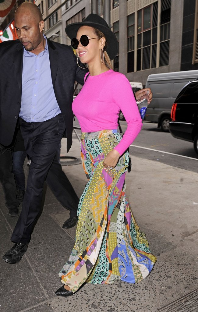 Beyoncé wore a pastel maxi skirt and bright pink top in NYC.