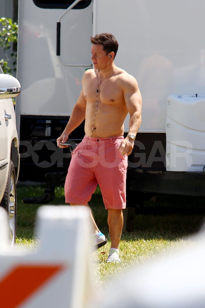 Mark Wahlberg showed his muscles.