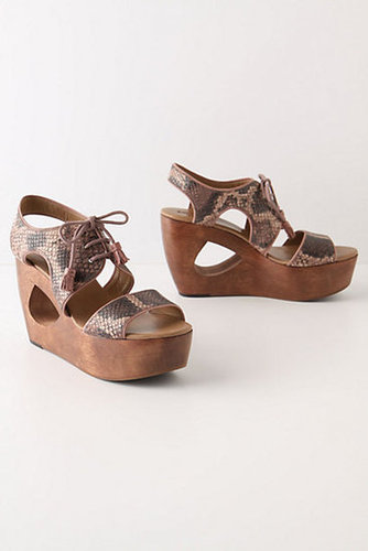 Naja Cutout Wedges