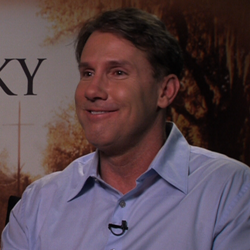 Nicholas Sparks The Lucky One Interview (Video)