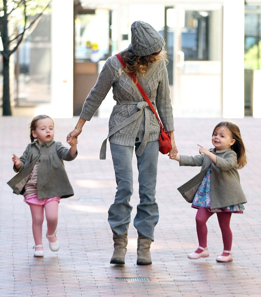 Sarah Jessica Parker held Tabitha and Loretta Broderick's hands after she picked them up from school in NYC.