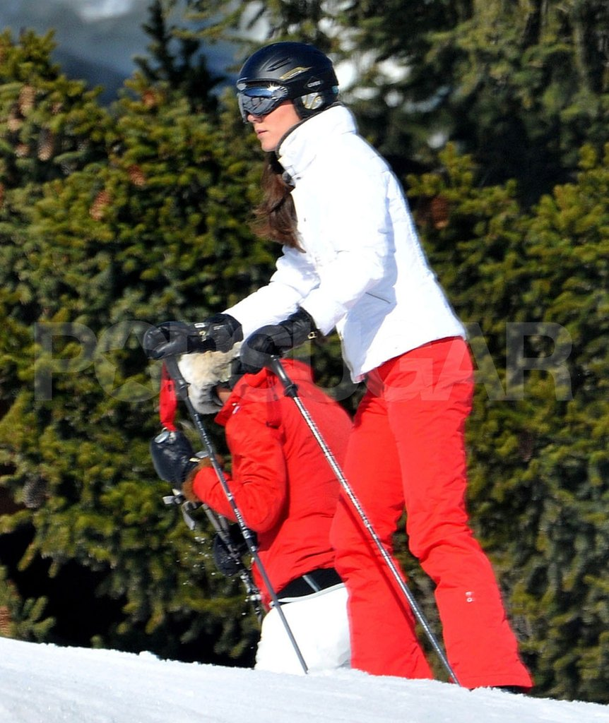 Kate Middleton hiked on her skis while vacationing in France with her family.