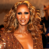 Iman Wins BellaSugar's Beauty Icon Award