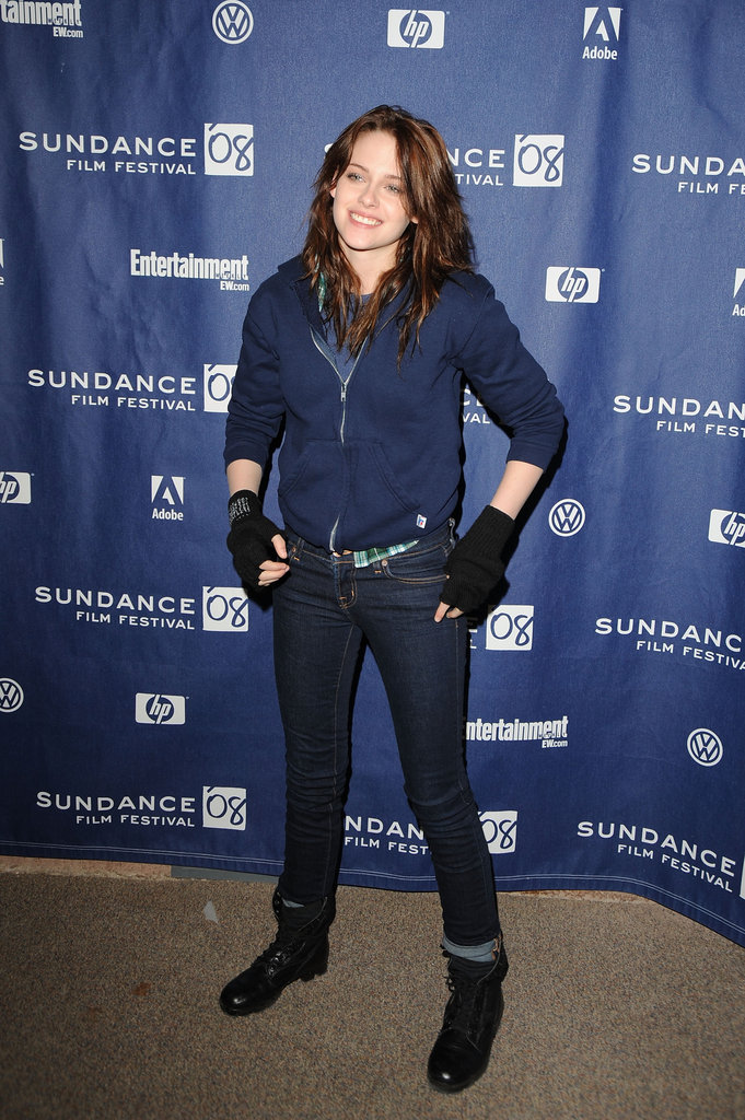 Kristen Stewart wore gloves to stay warm in Park City, Utah, for the premiere of The Yellow Handkerchief during the Sundance Film Festival in January 2008.