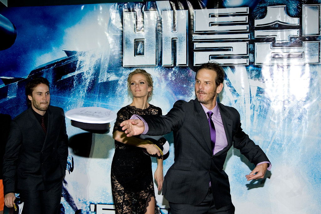 Brooklyn Decker, Peter Berg, and Taylor Kitsch joked at the Battleship premiere.