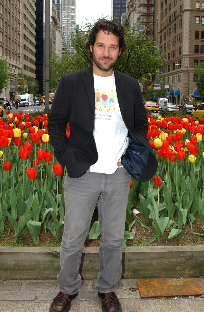 Paul Rudd smelled the flowers at a NYC May 2003 photocall for The Shape of Things.