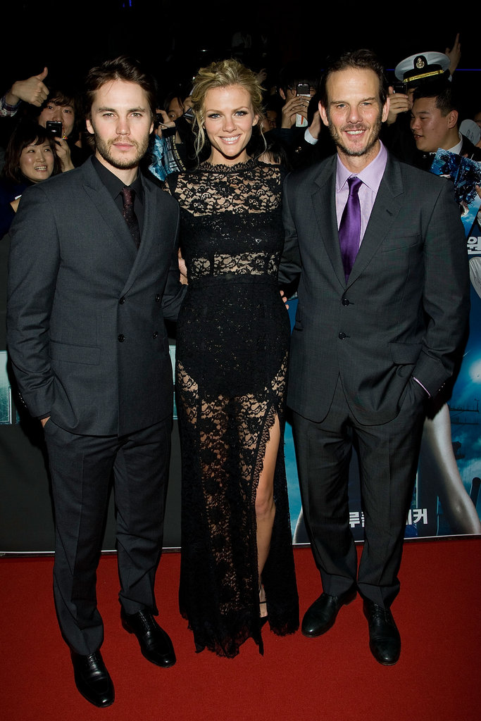 Brooklyn Decker and Taylor Kitsch premiered Battleship in South Korea with Peter Berg.