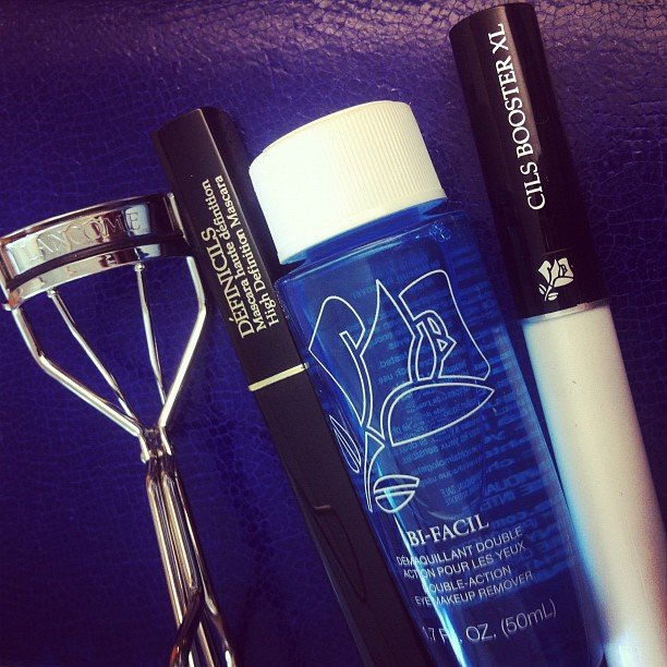 A sneak peek of the new Lancôme mascara and eyelash curler.