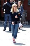 Pregnant Reese Witherspoon left church in LA.
