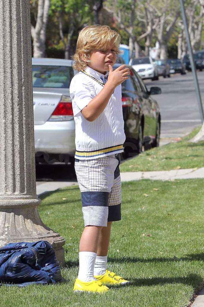 Kingston Rossdale was all set for Easter in a sweater vest and shorts.