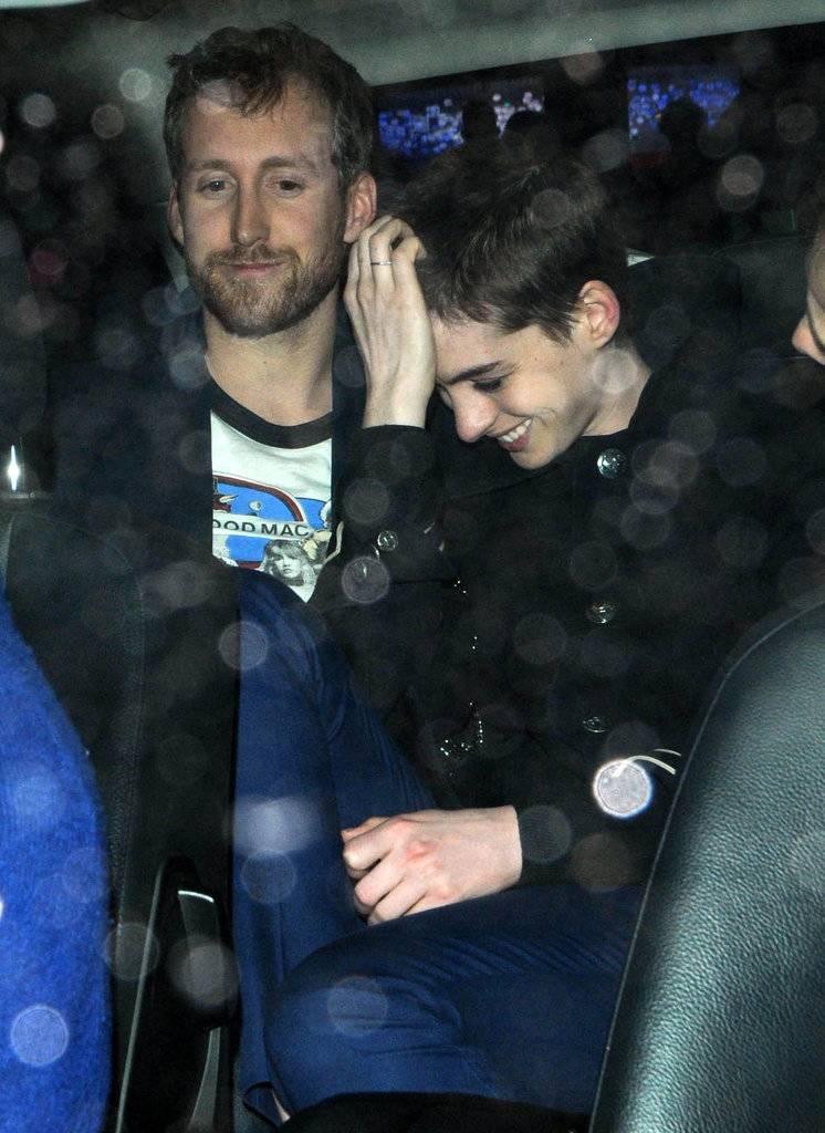 See Anne Hathaway's New Buzz Cut!