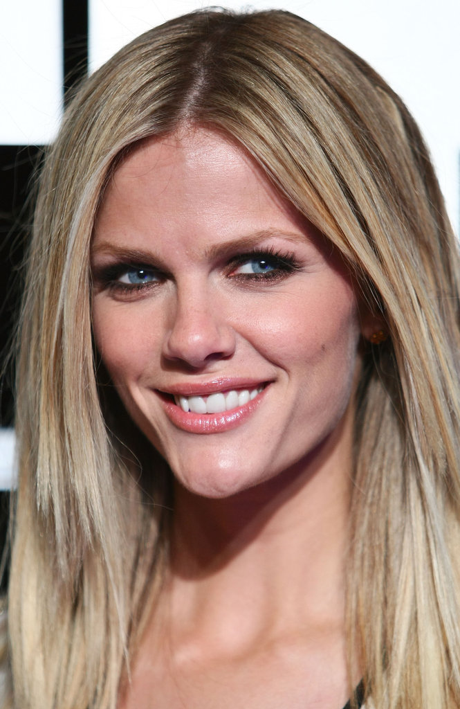 Brooklyn Decker smiled at the Battleship premiere in Sydney.