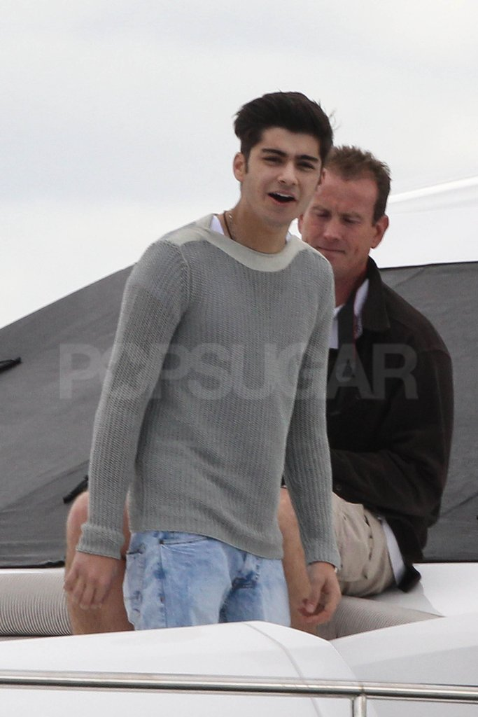 One Direction member Zayn Malik hung out on the boat in Australia.