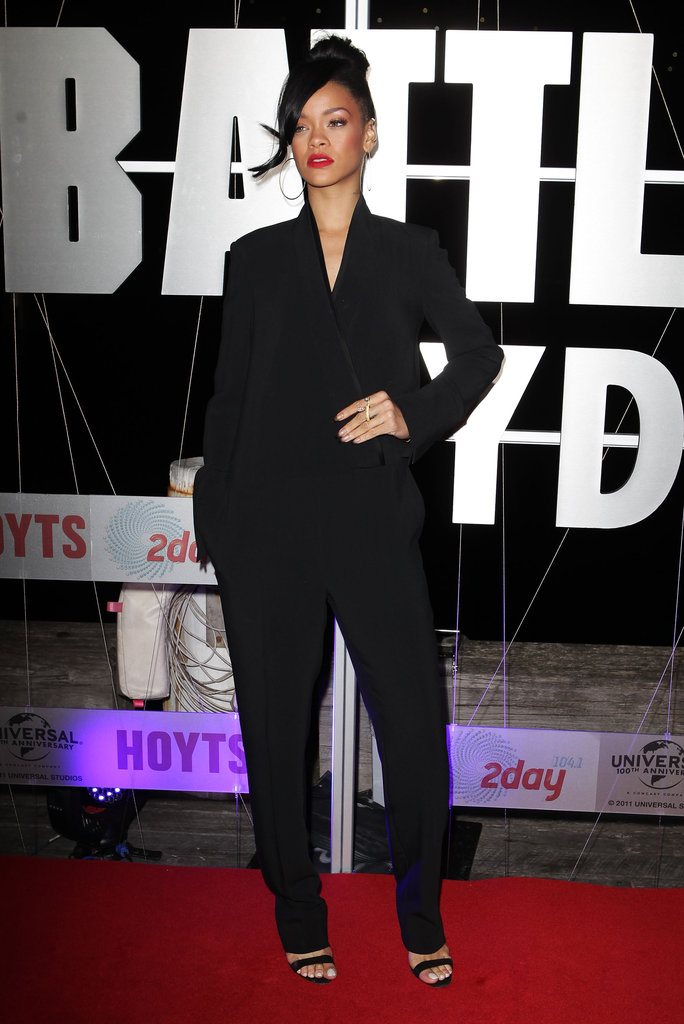 Rihanna pushed her bangs to the side at the Battleship premiere in Sydney.