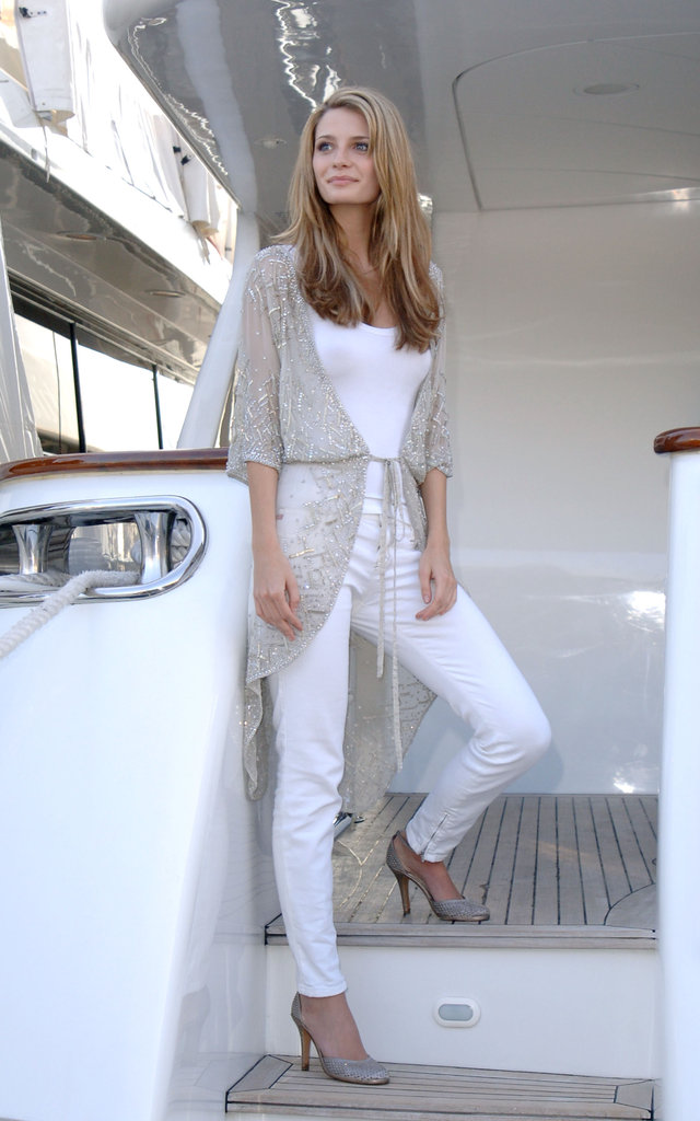 Mischa Barton was on a boat for a May 2005 photocall at Cannes.