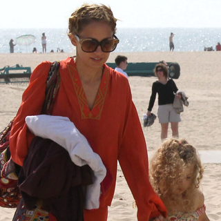Nicole Richie Hits the Sand: Scope Her Effortless Boho Beach Babe Style via Winter Kate & Simone Camille