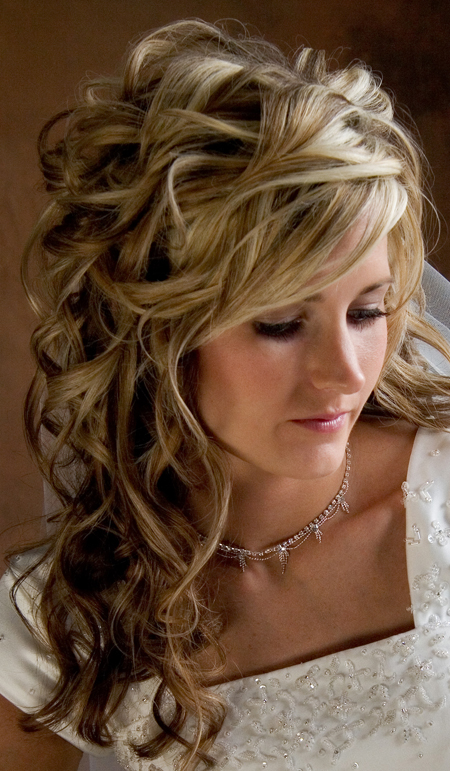 hairstyles for long hair for weddings on Filed In  Hairstyles For Long Hair Wedding