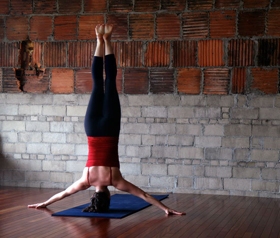 Iron Cross Headstand