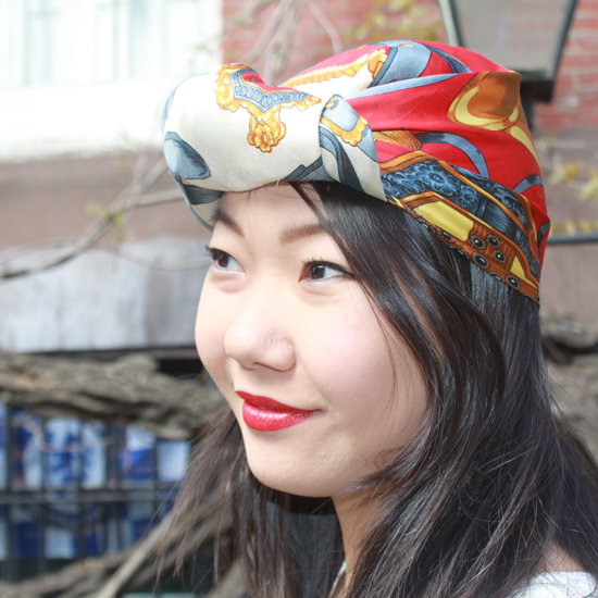 Learn to Tie a Scarf Into a Turban in 6 Steps