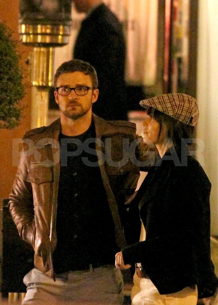 Jessica Biel and Justin Timberlake had a romantic meal in Europe.