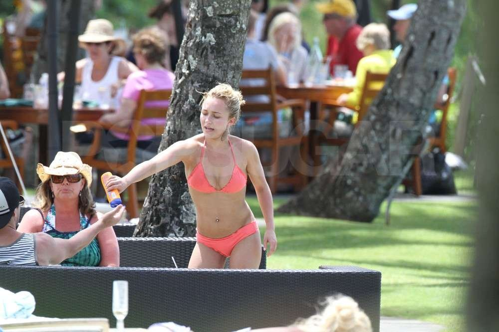Hayden Panettiere wore a bikini shared some sunscreen with her boyfriend, New York Jets wide receiver, Scotty McKnight, in Hawaii.