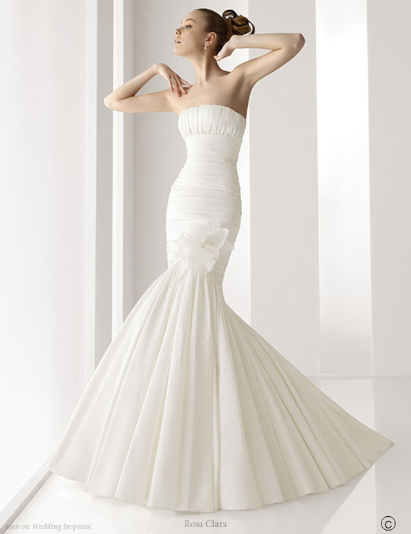 Simple mermaid wedding dresses may improve the bride 39s performance as well