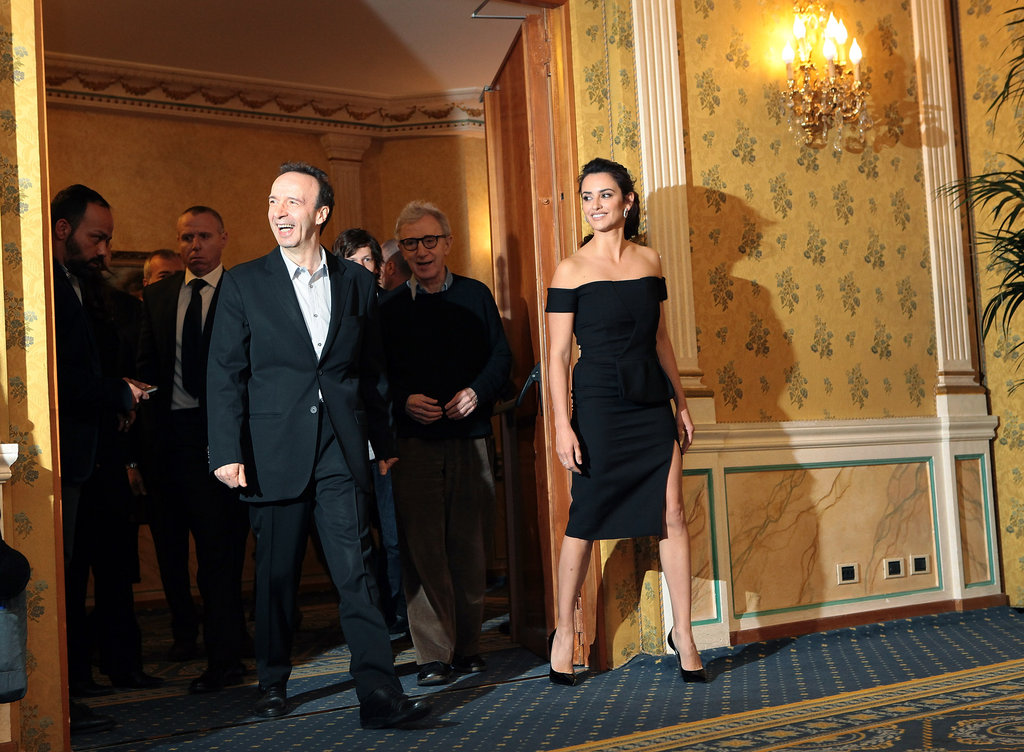 Woody Allen, Penelope Cruz and Roberto Begnini walked out to greet the press in Rome.