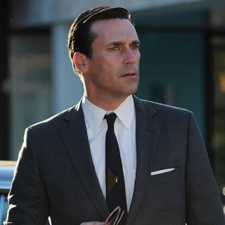 "Mad Men Recap ""Far Away Places"""