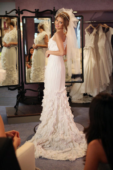 Check Out Naomi's Wedding Dress on 90210