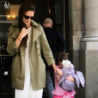 Suri Cruise Pictures on Her 6th Birthday