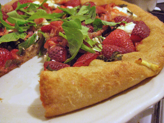 Strawberry Pizza Recipe With Basil and Goat Cheese | POPSUGAR Fitness