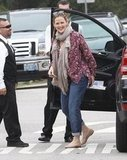 Jennifer Garner hopped out of her car.