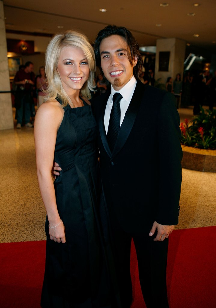 Julianne Hough and Apolo Anton Ohno