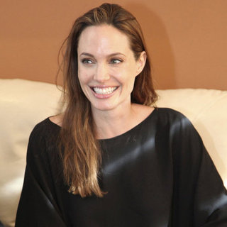 Angelina Jolie Talks With Ecuador Foreign Minister Pictures