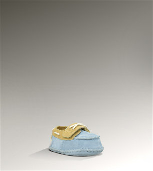 For Baby Boy: UGG Zach Shoe