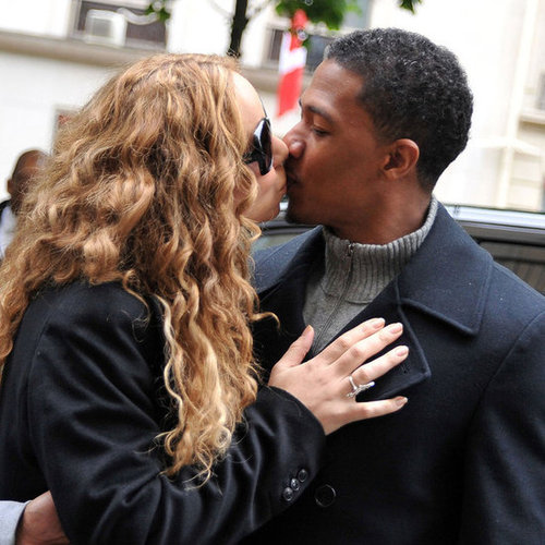 Mariah Carey and Nick Cannon Kissing in Paris Pictures