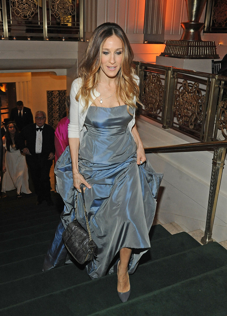 Sarah Jessica Parker channeled Carrie Bradshaw's brand of glamour in a vintage Oscar de la Renta gown and a cardigan at the Carnegie Hall Medal of Excellence Gala.