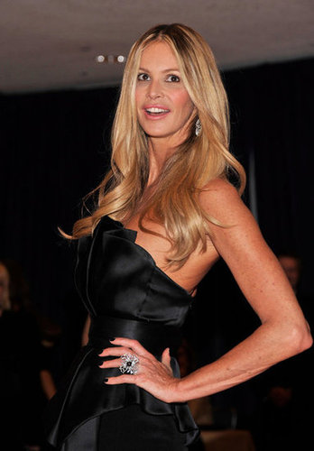 Elle Mcpherson showed off her amazing figure in a black gown.