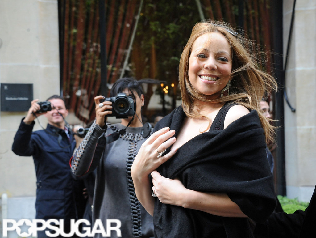 Mariah Carey posed while leaving her Paris hotel.