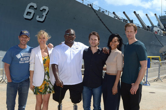 Director Peter Berg posed with the cast at a Pearl Harbor memorial.
