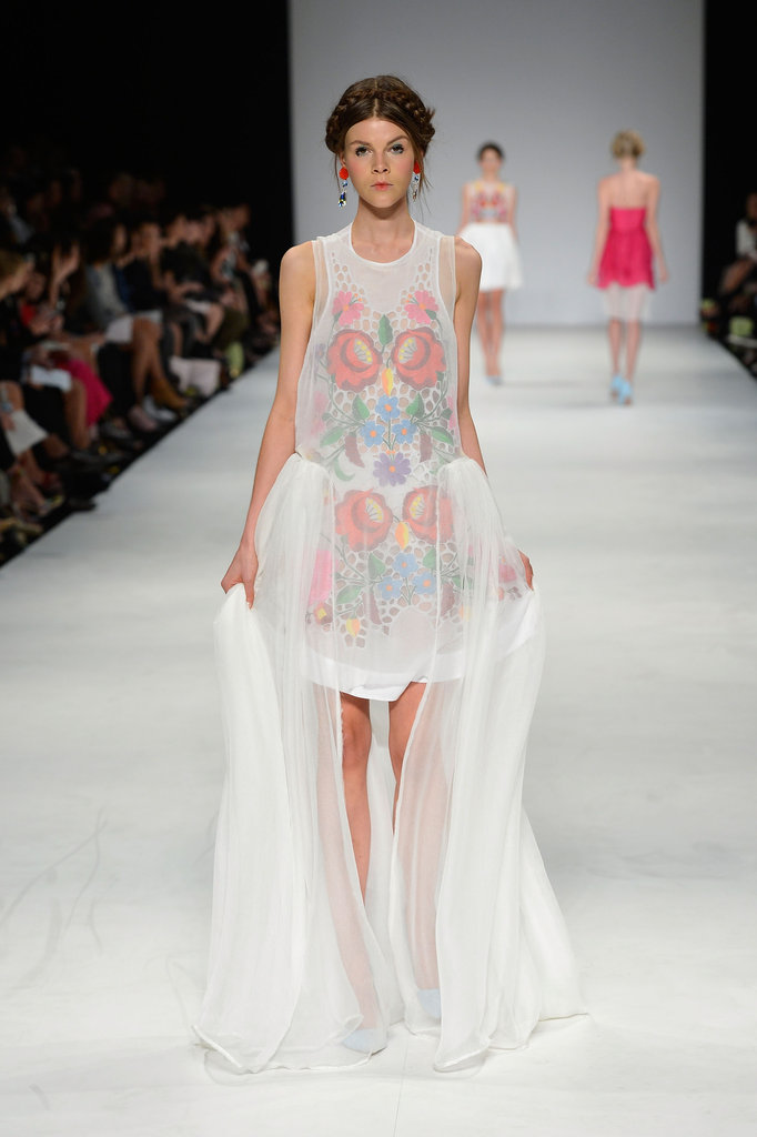 Pictures and Runway Review of Alice McCall Spring Summer ...
