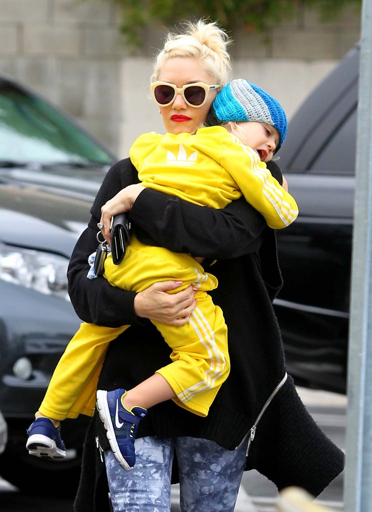 Zuma Rossdale clung to his mom, Gwen Stefani, as they walked in LA.