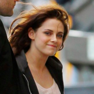Kristen Stewart at Jimmy Kimmel Pictures May 2012